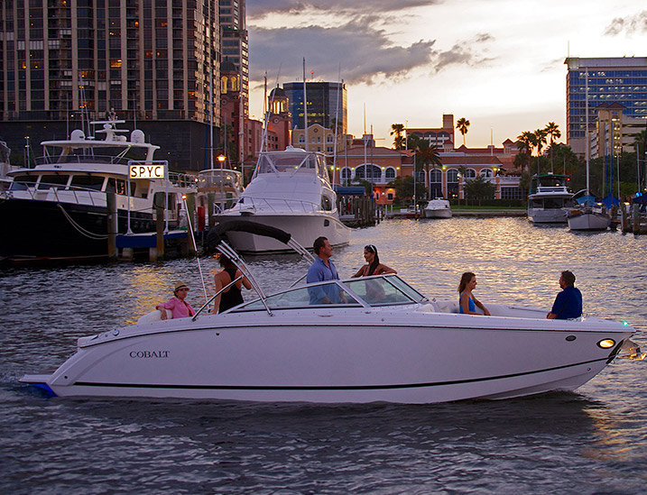 Cobalt Boats White R7 Evening Cruise with Friends